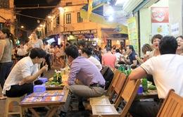 """""""Người Việt trẻ không biết chừng mực khi uống bia rượu"""""""