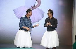 BTV Anh Tuấn và MC Công Tố mặc váy múa điệu thiên nga