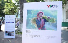 """Việt Nam hiện lên đầy cuốn hút qua triển lãm ảnh """"Nụ cười Việt Nam"""""""