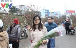 Chợ hoa Quảng Bá sôi động dịp giáp Tết Nguyên đán