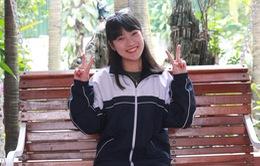Nữ sinh nói 7 thứ tiếng Trần Khánh Vy trổ tài trong Bữa trưa vui vẻ (12h, VTV6)