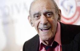 Nhìn lại sự nghiệp nam diễn viên phim 'Bố già' vừa qua đời ở tuổi 94