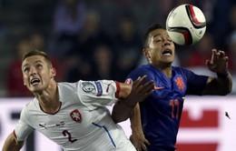 Bảng A vòng loại Euro 2016: Hà Lan và Thổ Nhĩ Kỳ gây thất vọng
