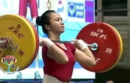 Nữ lực sĩ Vương Thị Huyền giành 2 HCV châu Á