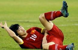 Công Phượng phải ở lại Qatar phẫu thuật gãy xương vai