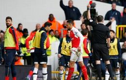Francis Coquelin xin lỗi về chiếc thẻ đỏ phải nhận ở trận derby