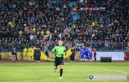 Thủ môn Dương Hồng Sơn gặp áp lực khi trở lại sân cỏ