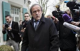 Chủ tịch UEFA Michel Platini được giảm án