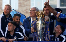 Claudio Ranieri giành giải HLV của năm