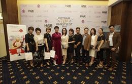 Đông đảo nhà tạo mẫu tham gia cuộc thi Vietnam Top Hairstylist