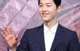 'Hậu duệ mặt trời' Song Joong Ki cạo trọc đầu để đóng phim mới