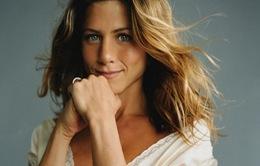 """Jennifer Aniston gây sốt với tâm thư về chuyện """"muộn con"""""""