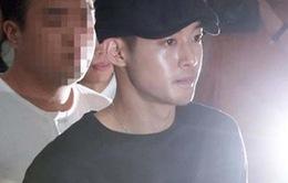 """""""Dính"""" bê bối với bạn gái cũ, Kim Hyun Joong sẽ nhận phán quyết đầu tiên vào tháng 8"""