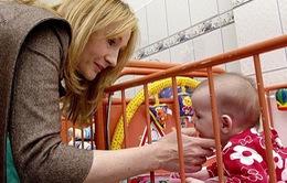 JK Rowling khẩn cầu KHÔNG quyên tiền cho trại trẻ mồ côi