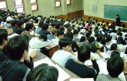 """Tự chủ đại học: Tình trạng """"cha truyền con nối"""" khiến chất lượng giảm"""
