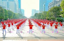 Gần 2.500 người đồng diễn thể dục dưỡng sinh