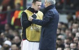 """CHÍNH THỨC: Rooney sẽ ngồi ngoài ở trận Liverpool – Man United vì """"tổn thương"""" tâm lý"""
