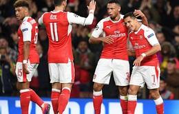 Roy Keane: 'Arsenal sẽ gặp họa nếu không giữ chân Oezil và Sanchez'
