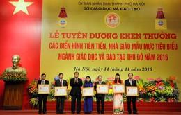 Hà Nội tuyên dương hơn 700 điển hình tiên tiến, nhà giáo mẫu mực tiêu biểu