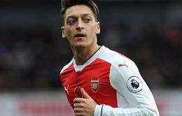 Arsenal quyết 'trói' Mesut Oezil bằng mức lương KHỦNG