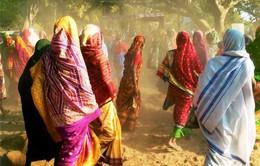"""20% nữ sinh Ấn Độ bỏ học vì vấn đề """"đèn đỏ"""""""