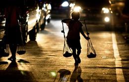 Cuộc sống vất vả của trẻ em đường phố tại Indonesia