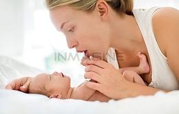 Tiếng hát của mẹ giúp bé phát triển tốt hơn