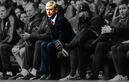 Wenger sốc nặng vì Arsenal mất 3 người trong 1 trận đấu