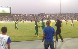 """Sân cỏ Nigeria """"vỡ tung"""" vì sao trẻ khước từ tuyển Anh"""