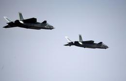 Trung Quốc giới thiệu chiến đấu cơ tàng hình J-20