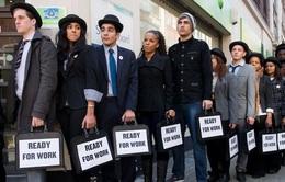Kinh tế quốc tế nổi bật tuần: Báo động tình trạng thất nghiệp ở giới trẻ toàn cầu