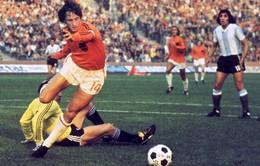 Tạm biệt Johan Cruyff – cha đẻ của thứ bóng đá tấn công mãn nhãn!