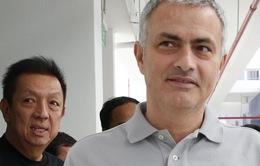"""Man Utd có thể bị """"nẫng tay trên"""" vụ Mourinho"""