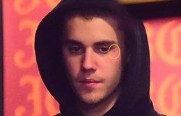 Justin Bieber gây sốc với hình xăm mới ở mặt