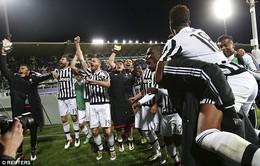 Juventus vô địch sau 11 lần Serie A đổi ngôi