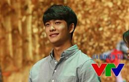 Ê-kíp sản xuất phim Tuổi thanh xuân sang Hàn Quốc gặp Kang Tae Oh