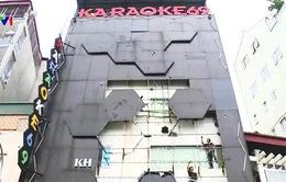 Nhiều quận ở Hà Nội đã dỡ bỏ biển quảng cáo karaoke