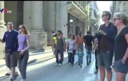 """Khách du lịch Mỹ """"nối gót"""" ông Obama tới Cuba"""