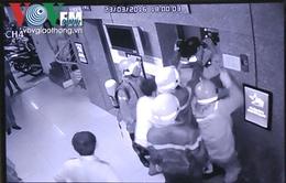 TP.HCM: 16 người hoảng loạn vì thang máy kẹt hơn 30 phút