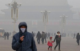 Trung Quốc hủy hàng trăm chuyến bay do khói mù