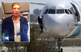 Đai bom của không tặc trên phi cơ Ai Cập là giả