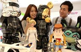 Giới trẻ Hàn Quốc đua nhau giải trí bằng... đồ chơi trẻ con
