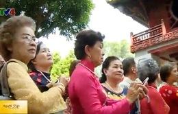 Đoàn cựu giáo viên kiều bào Thái Lan thăm Việt Nam