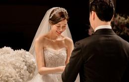 Cô dâu Kim Ha Neul lộng lẫy trong lễ cưới đẹp như phim