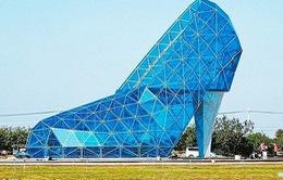 Mê mẩn với nhà thờ giày thủy tinh ở Đài Loan