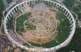 Hàng nghìn người phải di dời vì kính viễn vọng khổng lồ tại Trung Quốc