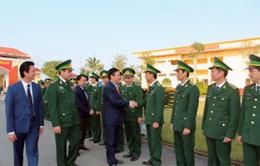 Trưởng Ban Kinh tế TƯ chúc Tết bộ đội biên phòng Hà Tĩnh