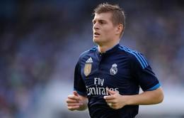 Toni Kroos ở lại Real Madrid đến năm 2022