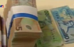 Hàng loạt ngân hàng tại nhiều quốc gia cắt giảm lãi suất