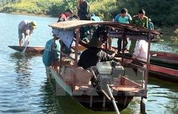 Lai Châu: Lật thuyền, 2 người thương vong